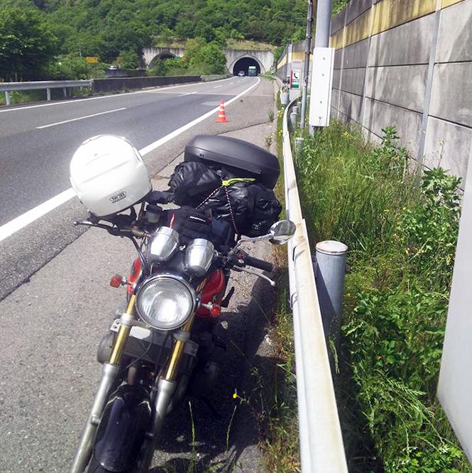《 ライダーは元気印だが、バイクが不調に・・ 》_01
