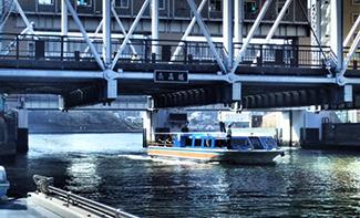 《 東京都、水上バスとバイク使い訓練 》_mini